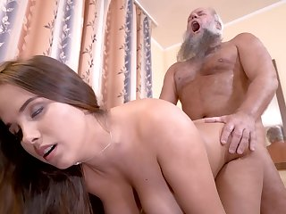 Curvy girl cunt lip by grandpa cock in his humming room