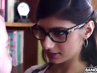 BANGBROS - Mia Khalifa is Back with an increment of Sexier Than Ever! Check It Out!