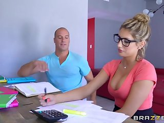 Brazzers - Sexy yo-yo August Ames needs a study in serious trouble