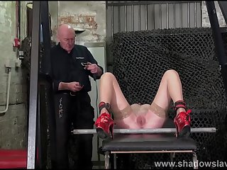 Merciless whipping of struggling amateur slave in rough bdsm