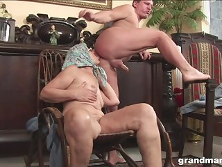 Grown up granny with glasses licks aggravation and rides cock