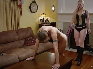Kinky nancy couple have a foot fetish and they lick each other
