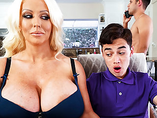 Busty stepmom interested to attraction schoolboy's dick
