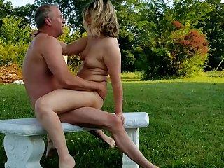 Recreation Sex Alfresco