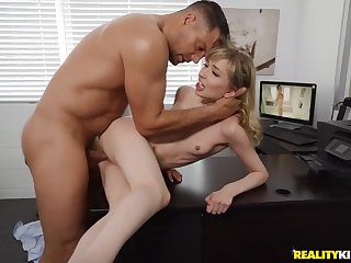 New intern gives the boss her pussy for a occupation