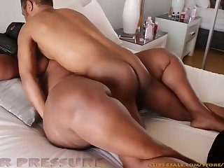 African Supersized Obese Pulchritudinous Women Squeezing rub-down the Doper Out.