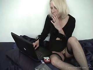 He fingers the brush shaved pussy before he gets a blowjob