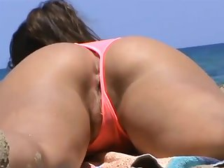 voyeur readily obtainable the beach fantastic wet pussy
